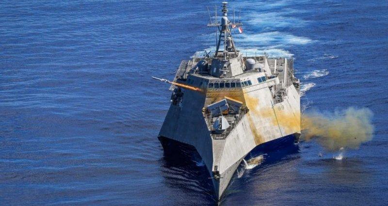 корабль США в Южно-Китайском море